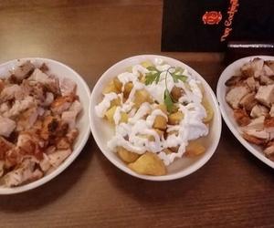 Cochinillo y patatas alioli