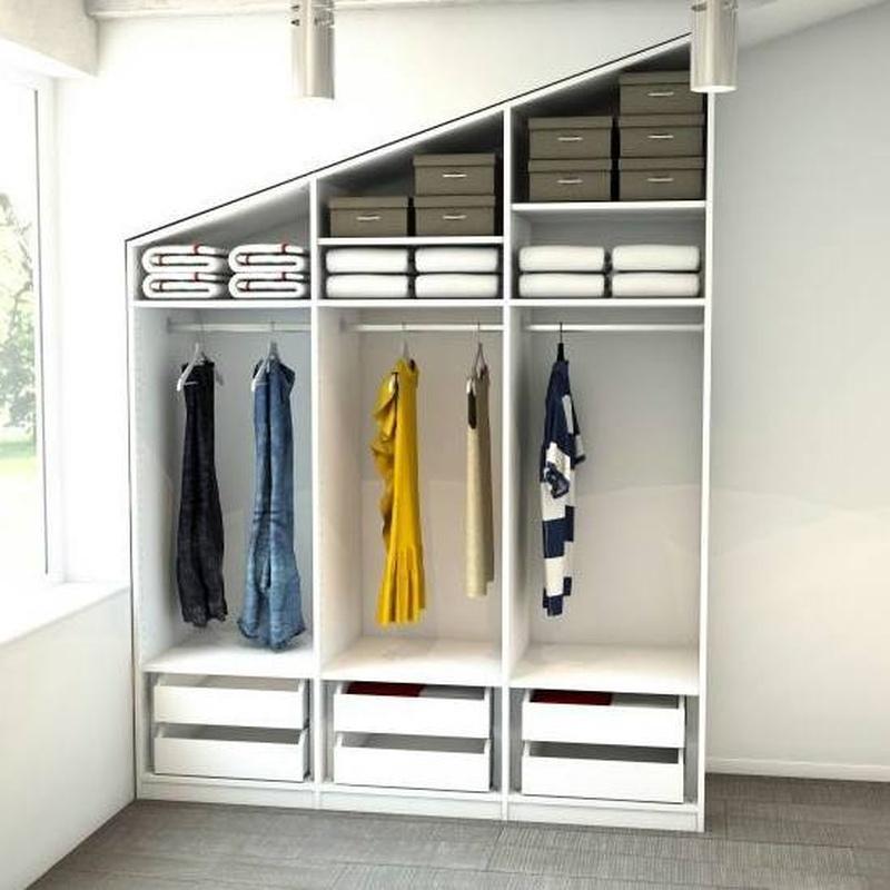 interiores de armarios y vestidores: Servicios de DekoraStylo