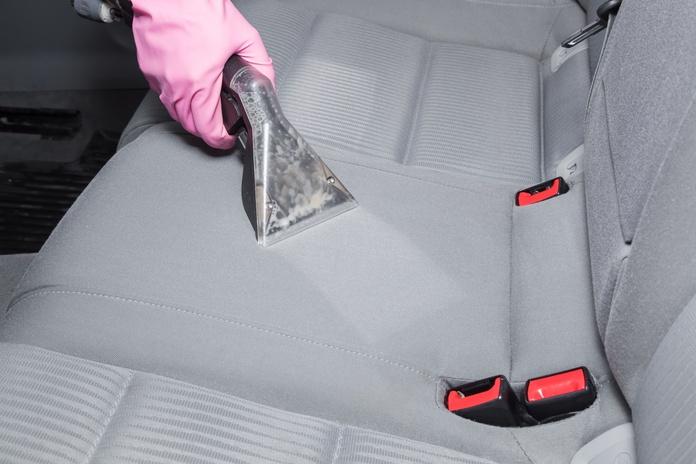 Limpieza de tapicerías y cuero: Servicios de Gepard Auto Center