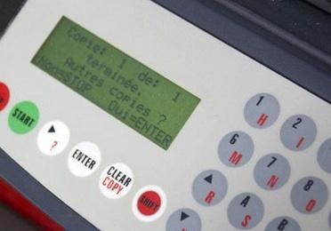 Cerraduras de contacto, botoneras y pulsadores