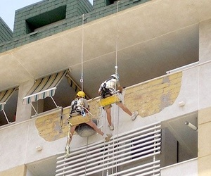 Trabajos verticales para conservación de fachadas