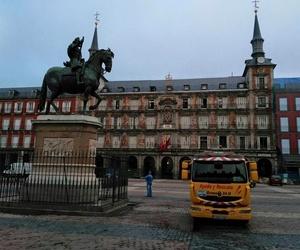 Servicio de grúa 24 horas en Madrid