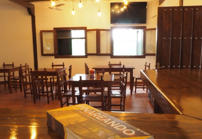 Bar - Restaurante: Servicios de Camping Cantosal