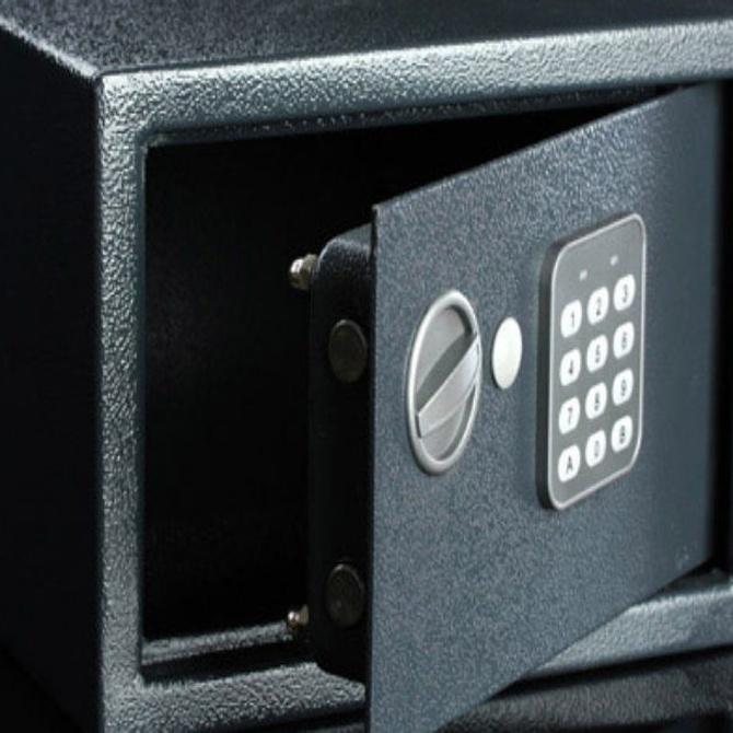 ¿Qué objetos puedes ocultar en una caja fuerte?