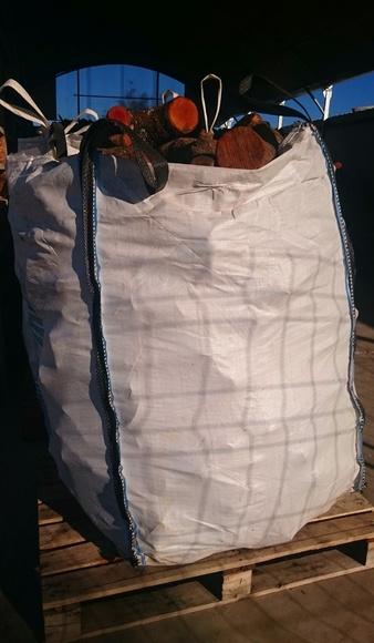 Sacas de leña de encina de 500 kg: NUESTROS PRODUCTOS de Mofusa