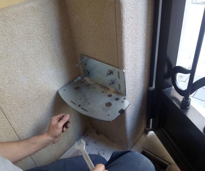 Colocación de placa de sujeción a pilar