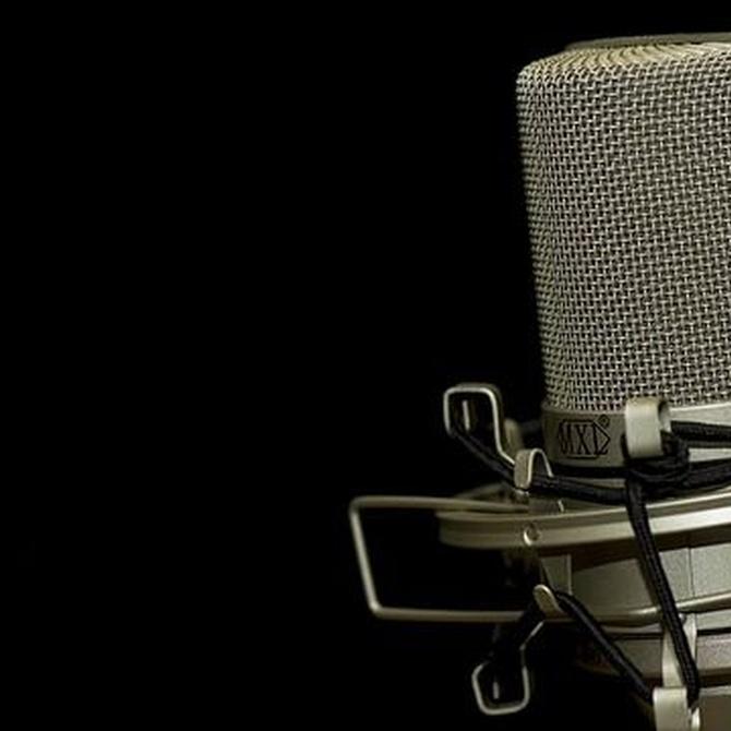 Cómo hablar con fluidez en la radio