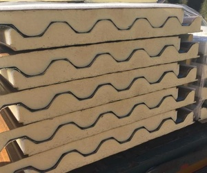 Aislamientos con panel sándwich en Murcia