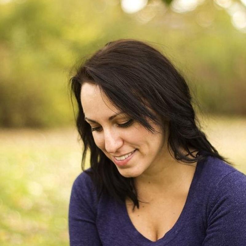 Rejuvenecimiento: Dermatología y Dermoestética de Dermatología Socorro Fierro