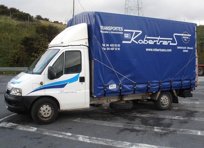 Portabobinas: Servicios de Nave Logística Robertrans