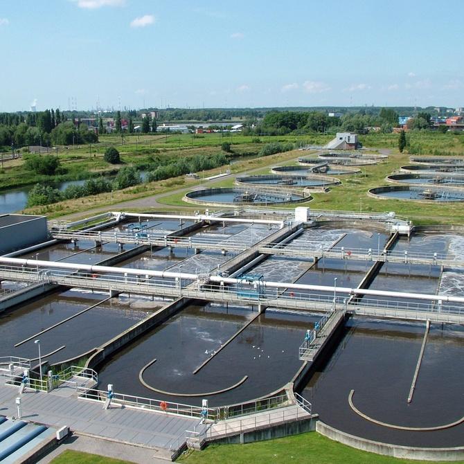 Cómo funciona una depuradora de aguas residuales