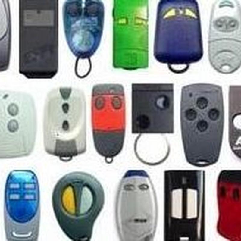 COPIAS DE MANDOS DE GARAJE: Servicios de JLS Puertas automáticas y Cerrajería
