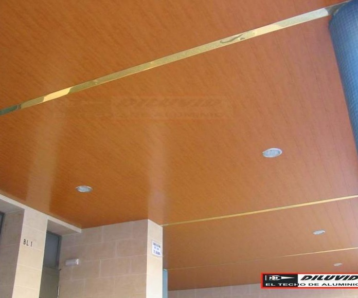 Techos de aluminio, completos decorados en Madera