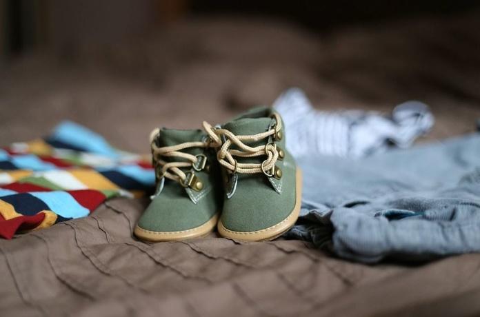 Zapatos de niño: Zapatos, bolsos y complementos de Calzados Huellas