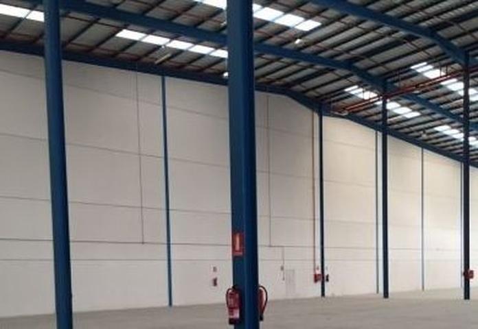 Mantenimiento y accesos PCI en naves industriales