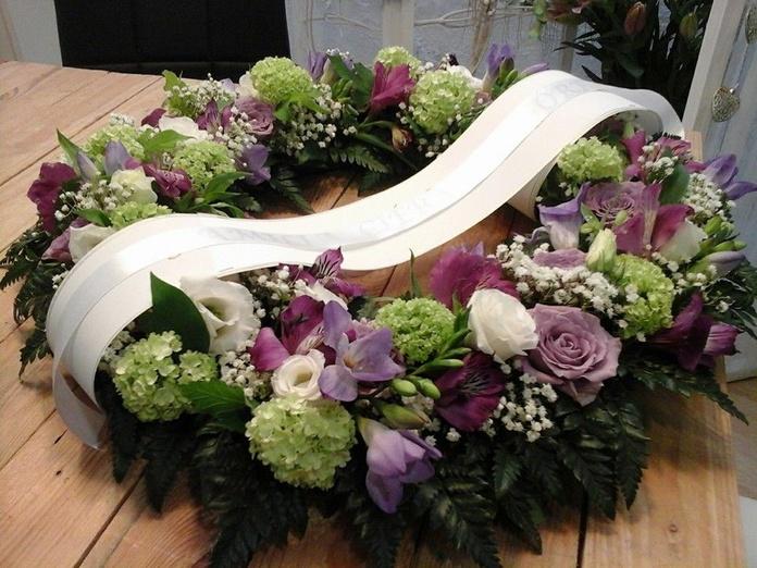 Coronas de texturas de flores: Productos y servicios de Espacio de Creación Acacia