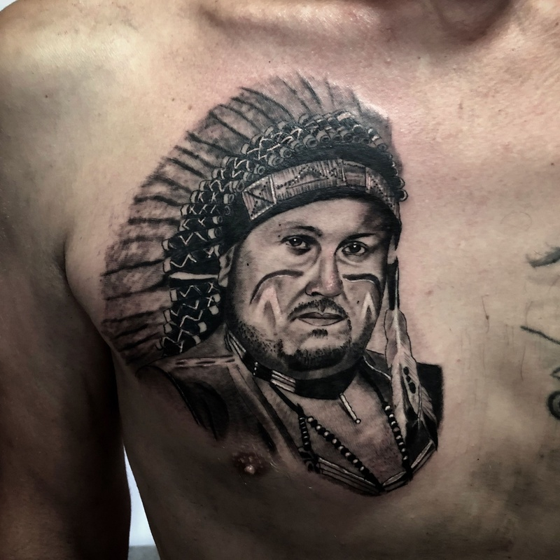 Realismo black and grey: Catálogo de Tattoo Artman