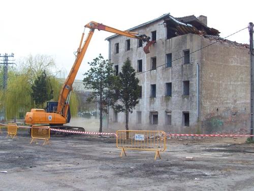 Derribo edificio Vitoria
