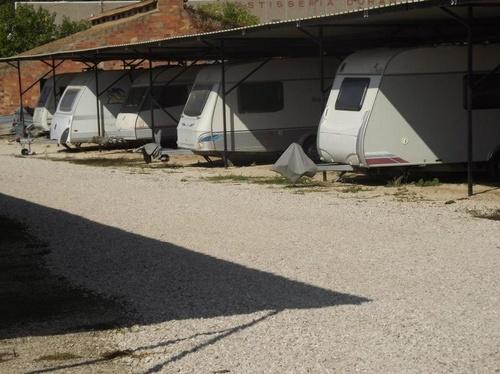 Parking vigilado de caravanas en Tarragona