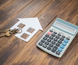 Asesoramiento financiero, legal y administrativo