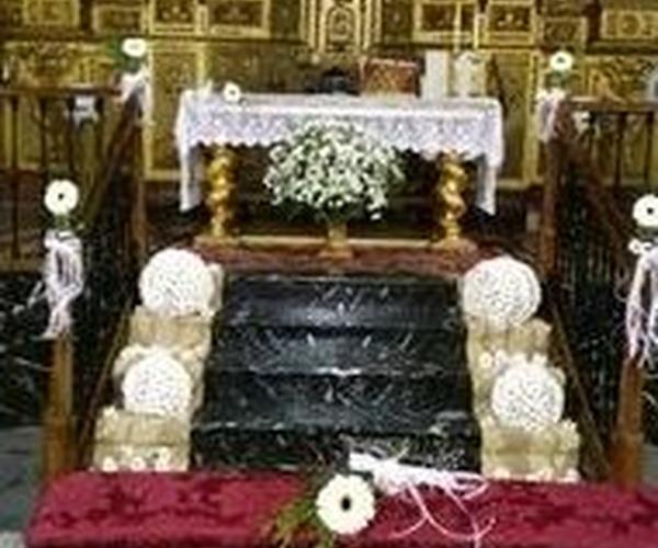 Decoración floral de iglesias