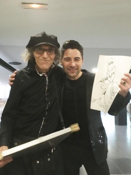 Con el mago-cantante Dario