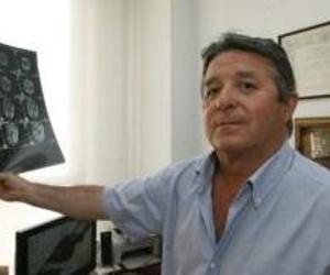 Galería de Médicos especialistas Cirugía ortopédica y Traumatología en Málaga | Rafael Casielles, Dr.