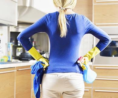 España se sitúa a la cabeza de los países europeos que más tiempo dedican a la limpieza del hogar