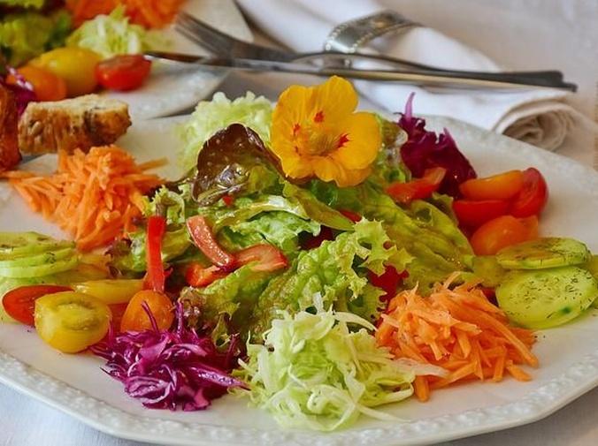 Descubre los beneficios de una buena ensalada