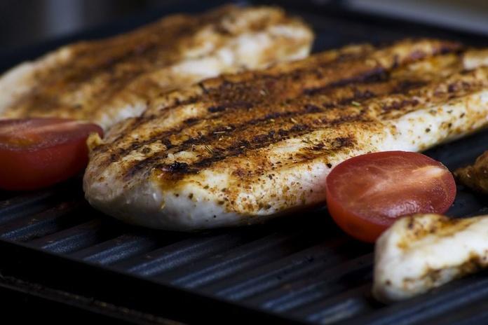Pechuga de pollo a la plancha: Carta de Pizzeria Fralisani
