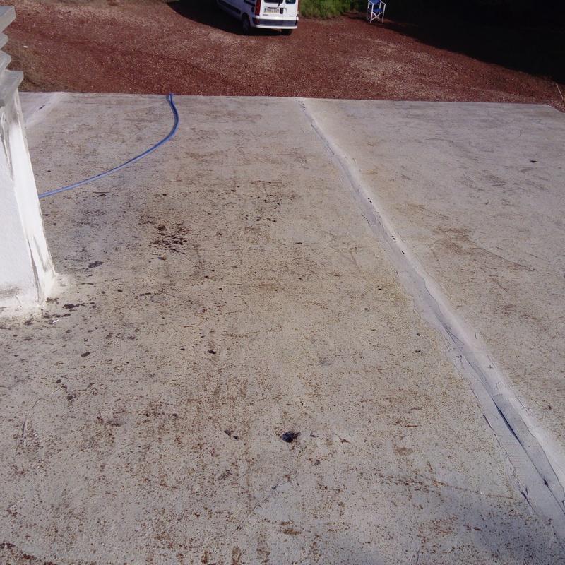 limpieza tejado de humedades