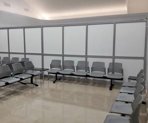 Cristalería para sala de espera