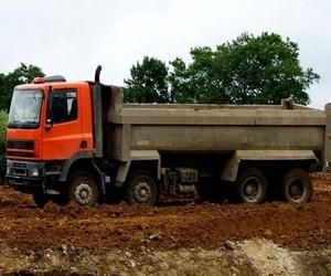 Todos los productos y servicios de Desmontes: Desmontes y Excavaciones Horche S.L.