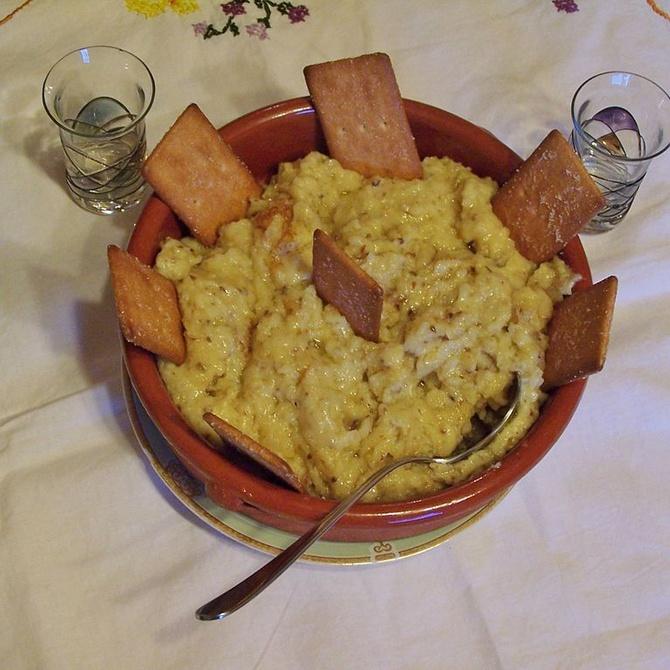 Las gachas manchegas: un plato sencillo para combatir el frío