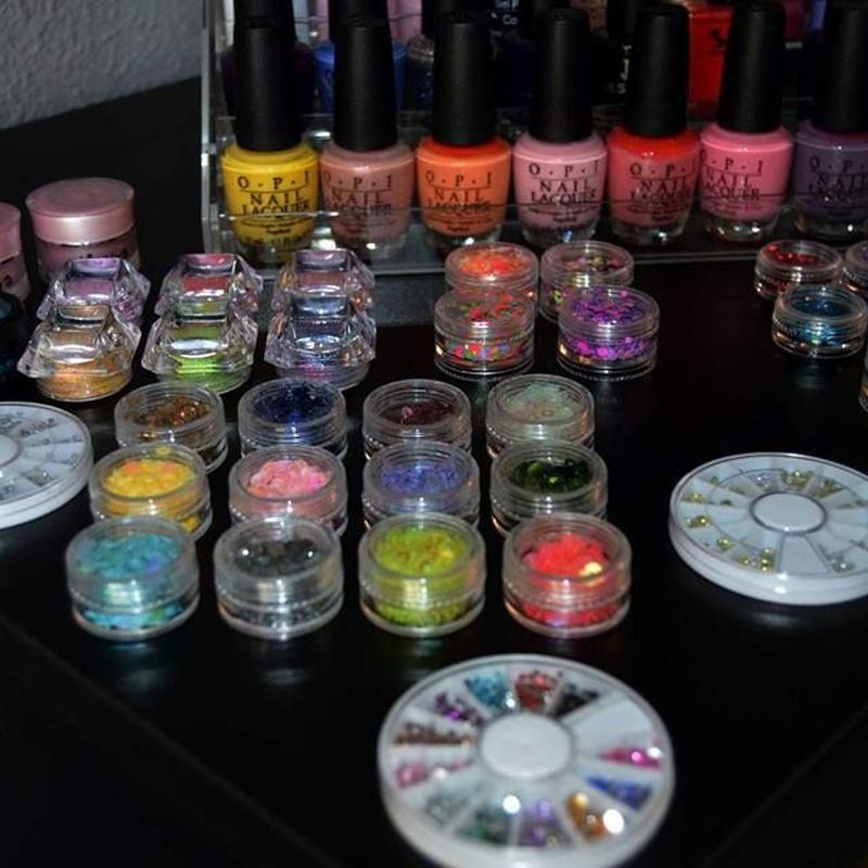 Elementos decorativos: Nuestros servicios de Studio de manicura y maquillaje en Segovia
