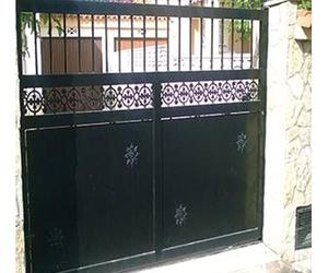 Puertas metálicas de viviendas