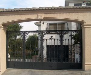 Arcos de piedra artificial en Cuenca