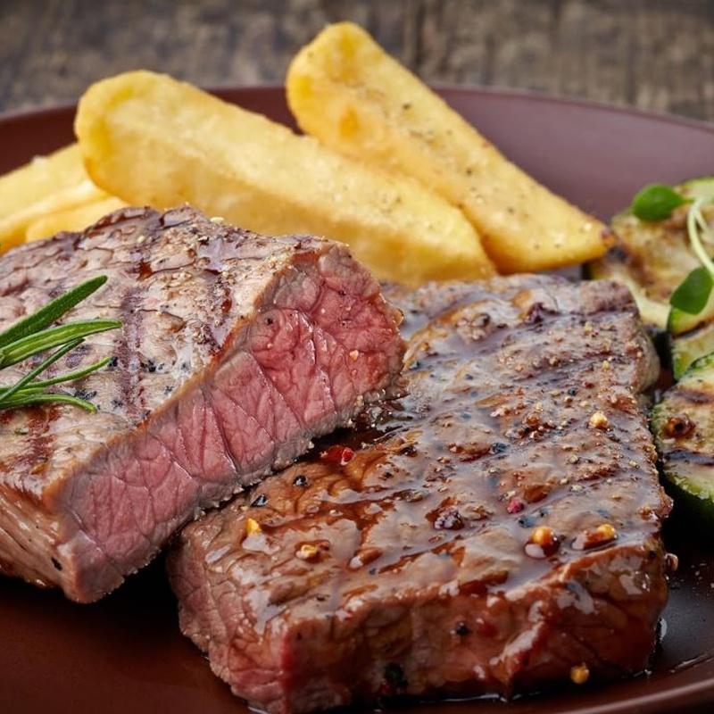 Carnes en la lumbre: Especialidades de Asador La Bolera