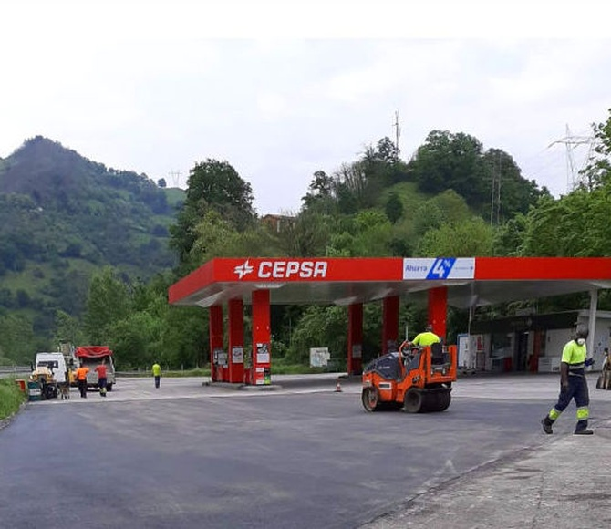 GASOLINERA DE CEPSA EN P.LENA