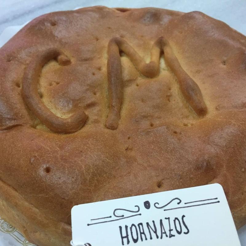 Hornazos y empanadas: Nuestros productos de Bollería y pastelería Mariano Hernández