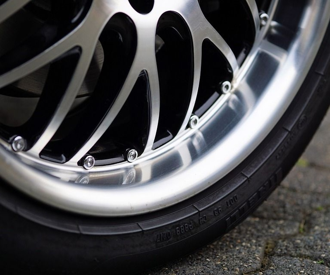 Cuida la presión de tus neumáticos