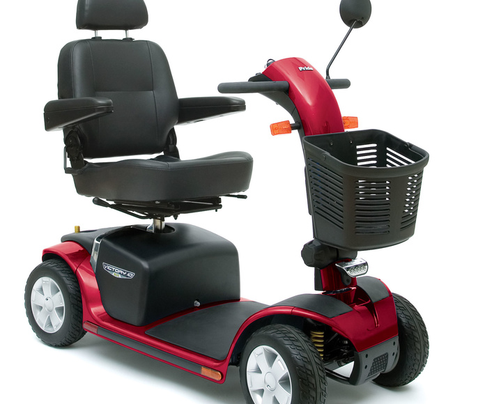 """Scooter compacto """"Victory 10 DX"""" Gijón"""