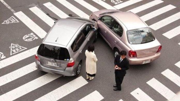 Vehículos: Servicios de Correduría de Seguros Larrea