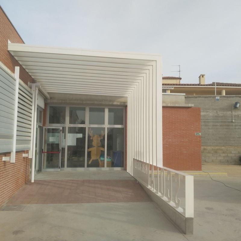 Estructura Metálica Porcho, en Escuela Pere Verges Vilallonga del Camp: Trabajos realizados de Global Metall Taller, SL