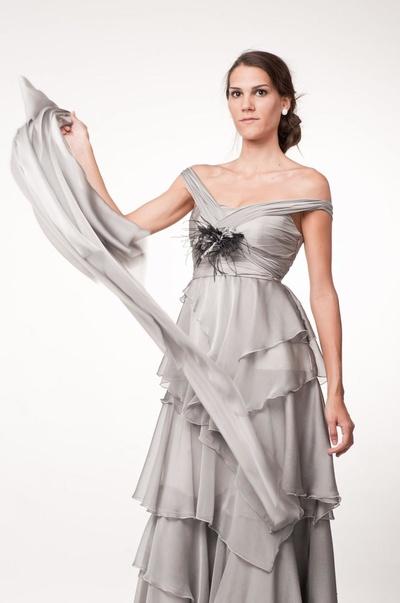 Vestidos: Muñecas Novia