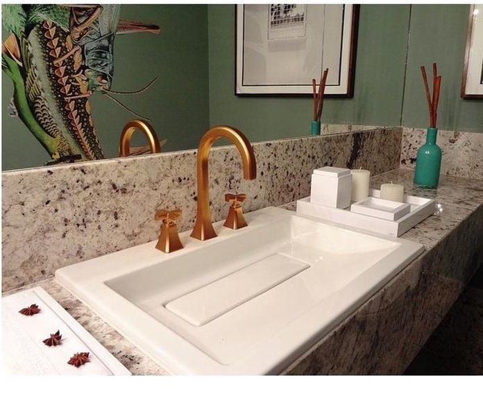 Cocinas y cuartos de baño