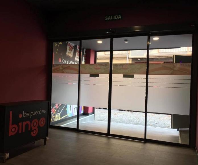Instalación de puerta automática de cristal