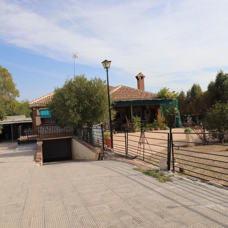 Chalet en Villaluenga, Toledo: Inmuebles de Inmobiliaria La Montañesa