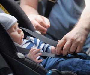 Viajar en coche, consejos para comprar una silla infantil.