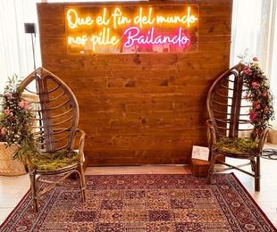 Neón QUE EL FIN DEL MUNDO NOS PILLE BAILANDO